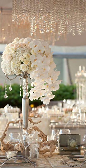 Wedding tablescape centerpiece ce princess for a for Wedding reception centrepieces
