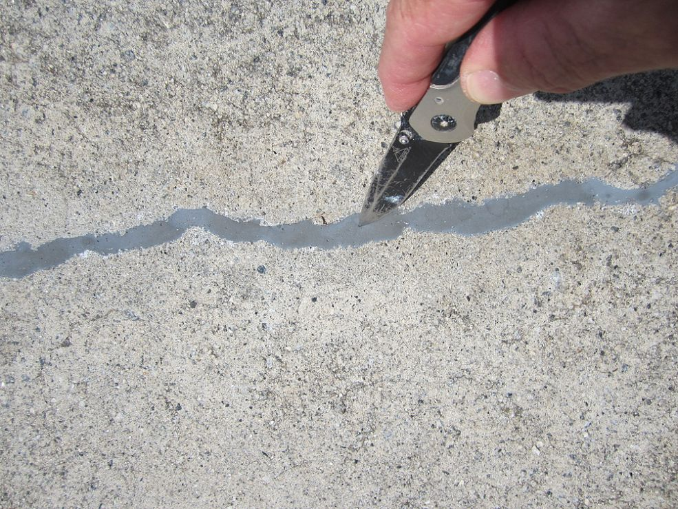 Of the numerous concrete crack repair products available - Exterior concrete leveling products ...