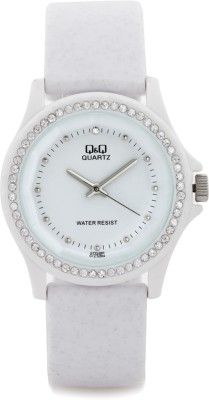 Buy Q&Q GT23J002Y #Analog wrist #Watch For Women from #Flipkart #India at 890 RS With free Shipping, http://goo.gl/vQp4Bv