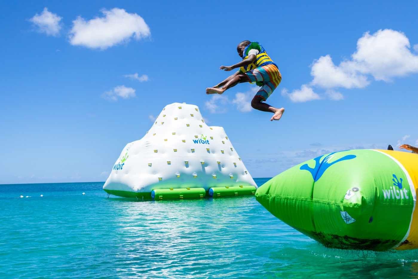 8033994747dce3500926c08bdd5df544 - Bay Gardens Beach Resort Day Pass Reviews