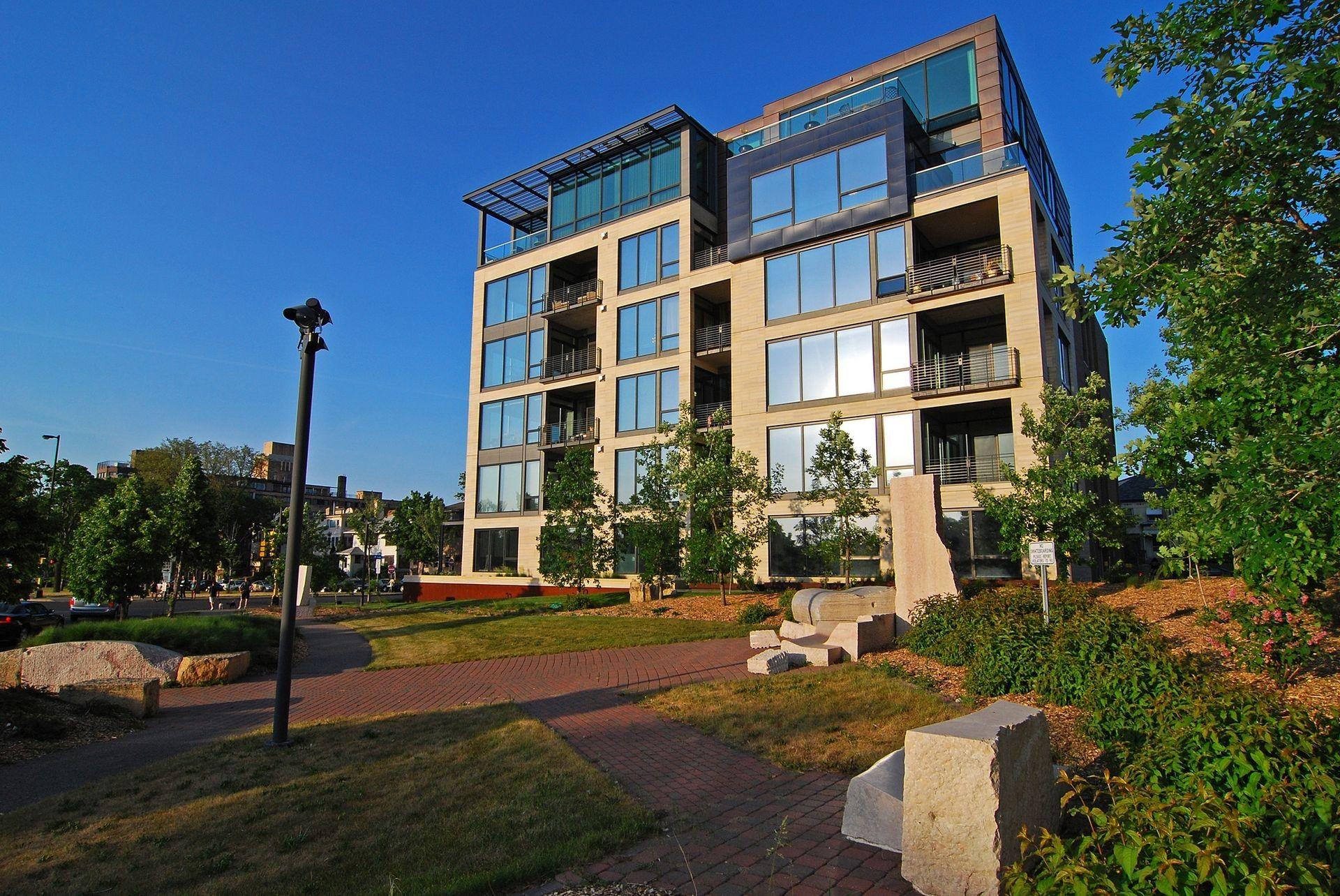 The Edgewater Uptown Minneapolis Inspiring Spaces Mansions Minneapolis