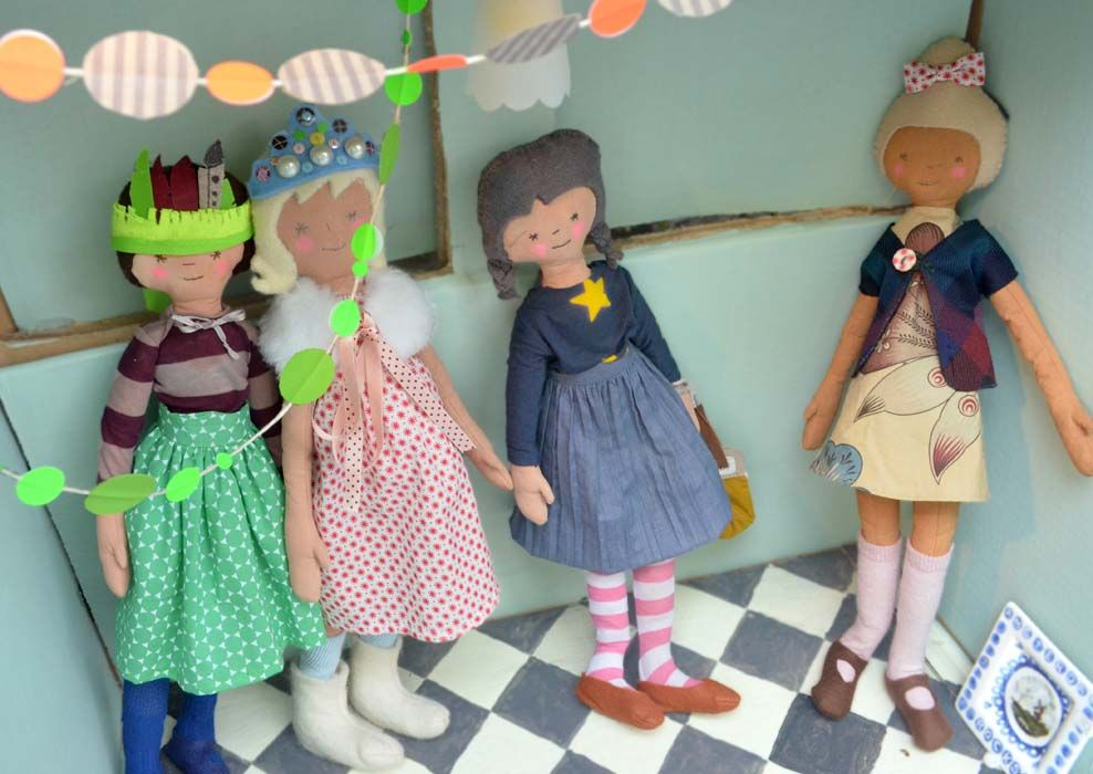Dolls. By: Atelier Tempel http://lokalinc.nl/