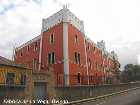 Pin By Pilar Gonzalez On Oviedo Asturias Building Structures