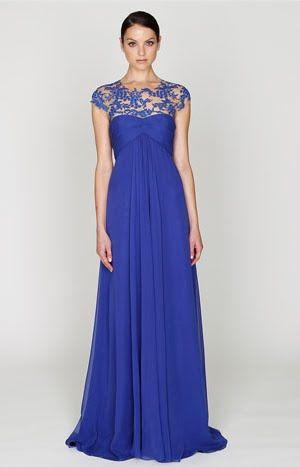 Vestido de renda azul longo para madrinha