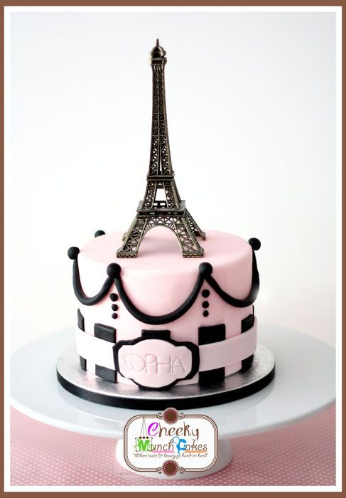 how to make eiffel tower out of fondant