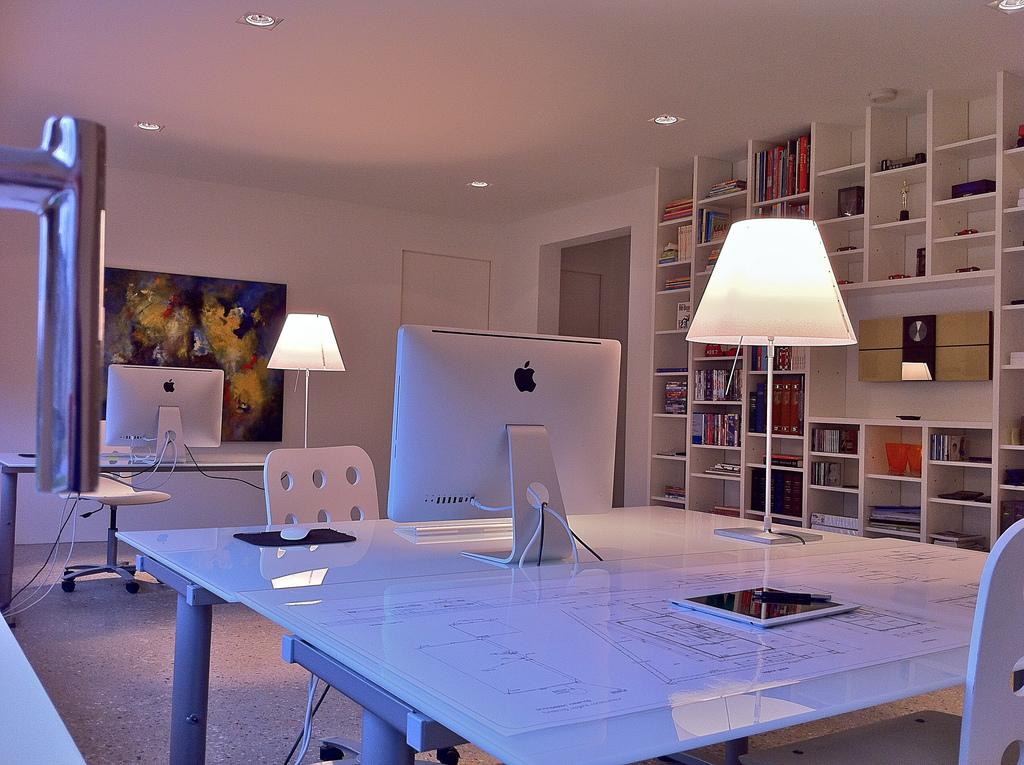 DISCUSSION THREADS | USA modern art | Workspace design