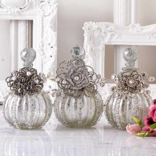 shabby chic einrichtung deko pinterest flaschen glas und flakon. Black Bedroom Furniture Sets. Home Design Ideas