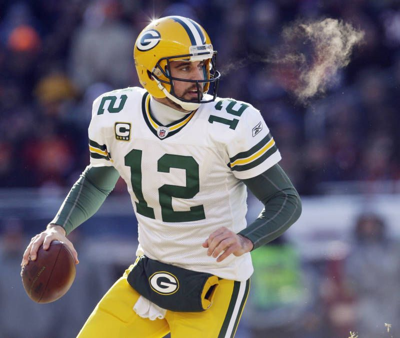Aaron Rodgers! Green bay packers football, Green bay