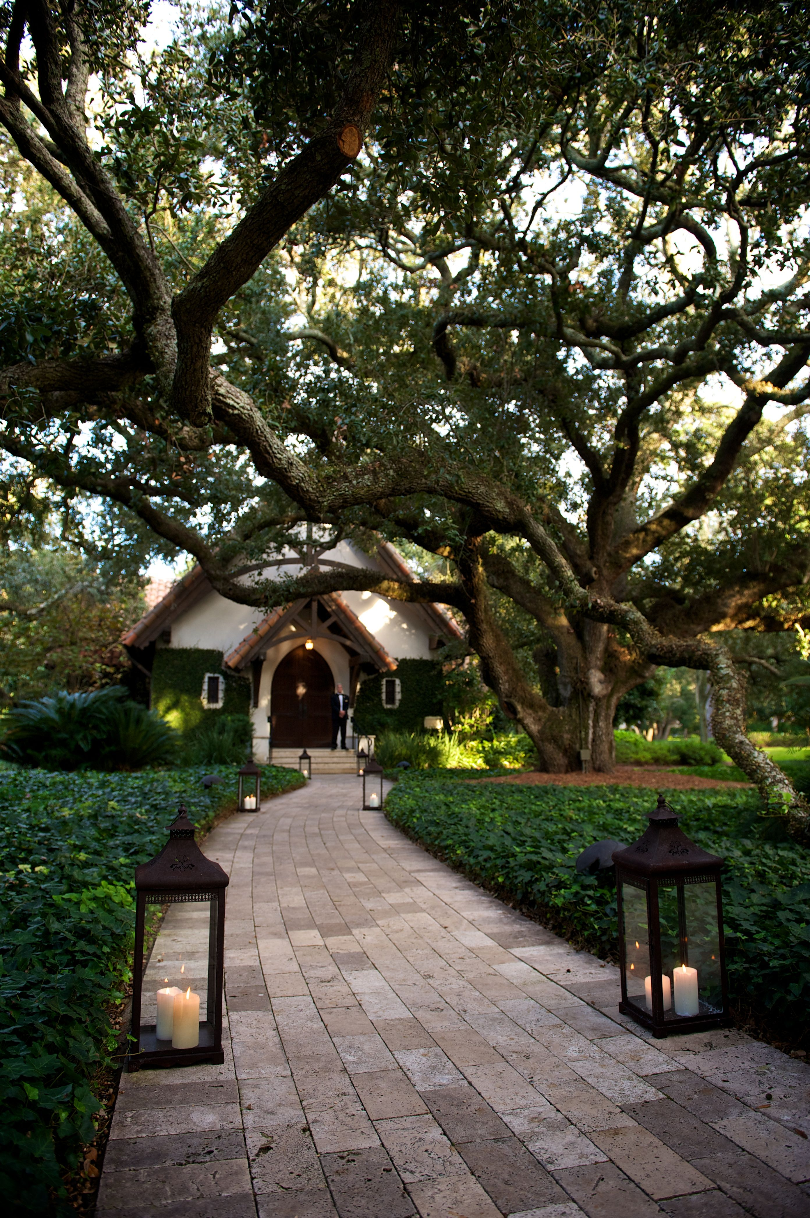 We're Going To the Chapel! seaisland