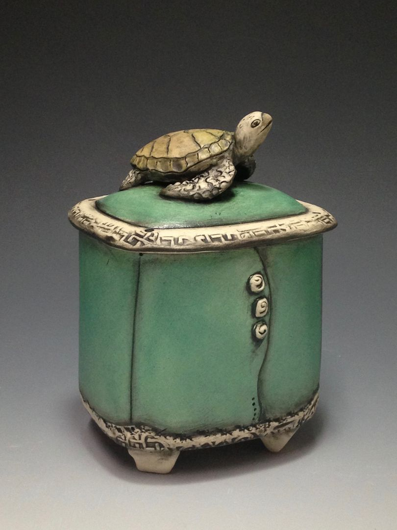 Hand built beautiful lidded clay boxes things to make for Pottery designs with clay