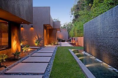 Patios modernos y minimalistas patio moderno - Jardines modernos minimalistas ...
