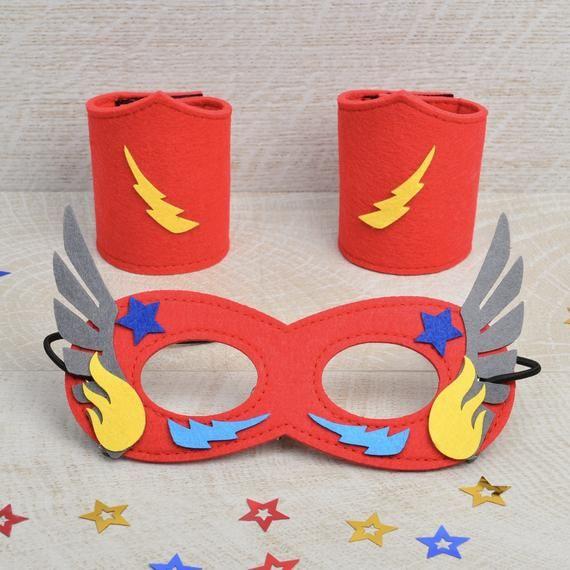 Superhero dress up kit (red mask & cuffs) - superhero party, superhero craft, superhero birthday, superhero costume, superhero mask #superherocrafts