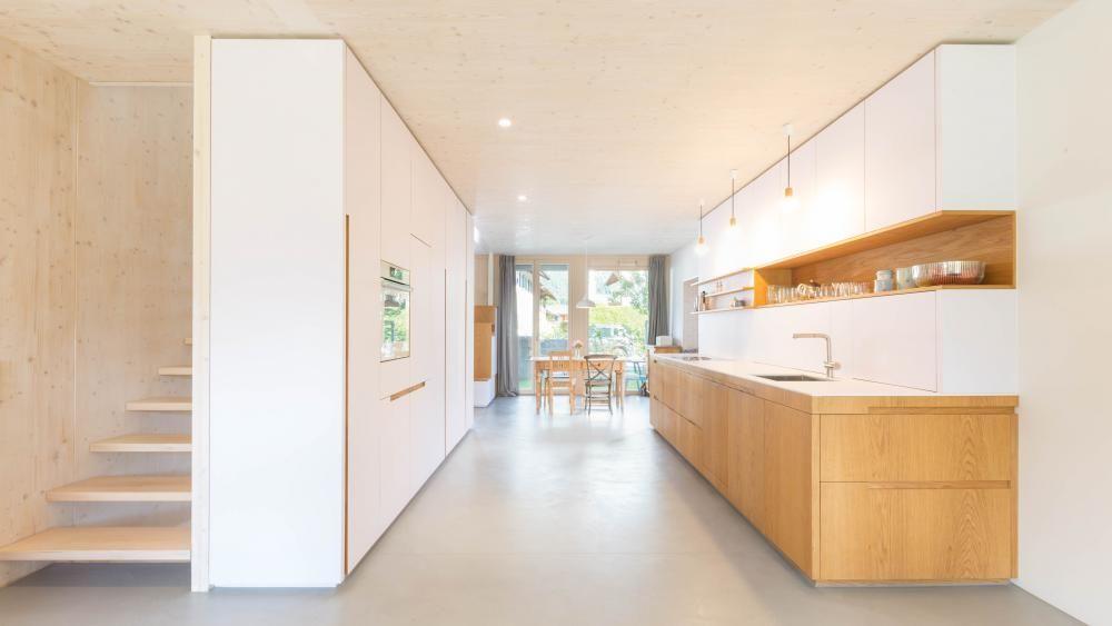 Kleine Küche mit Sitzbank und Tisch Schleiflack weiß Eiche - arbeitsplatte küche beton preis