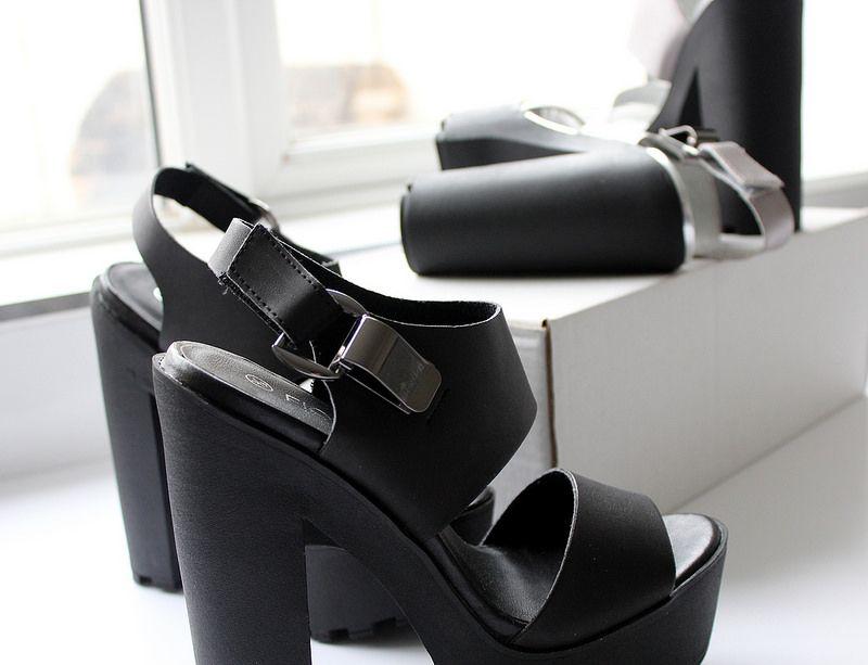 c98bf5f4d4 #MATALAN #platform #sandals #shoes #haul #fashion #accessories #flatlay # heels #black #silver