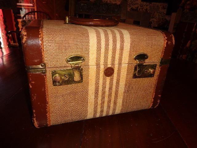 Vintage Brown 1930s Men's Train Case Suitcase Stripe Leather Edges ...