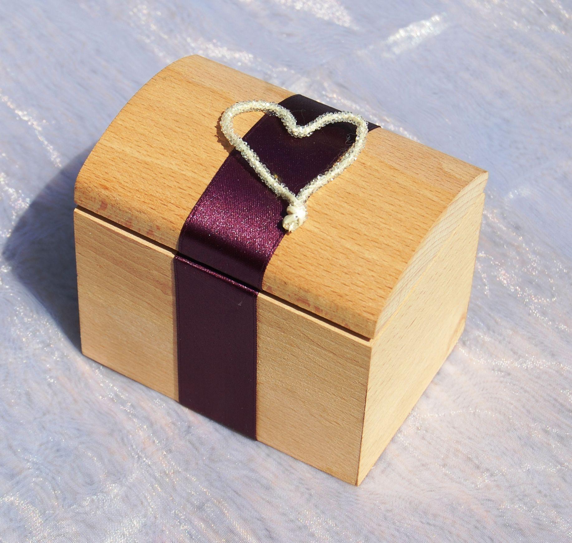 Matrimonio Tema Hobbit : Portafedi scatola legno impronte sulle nuvole