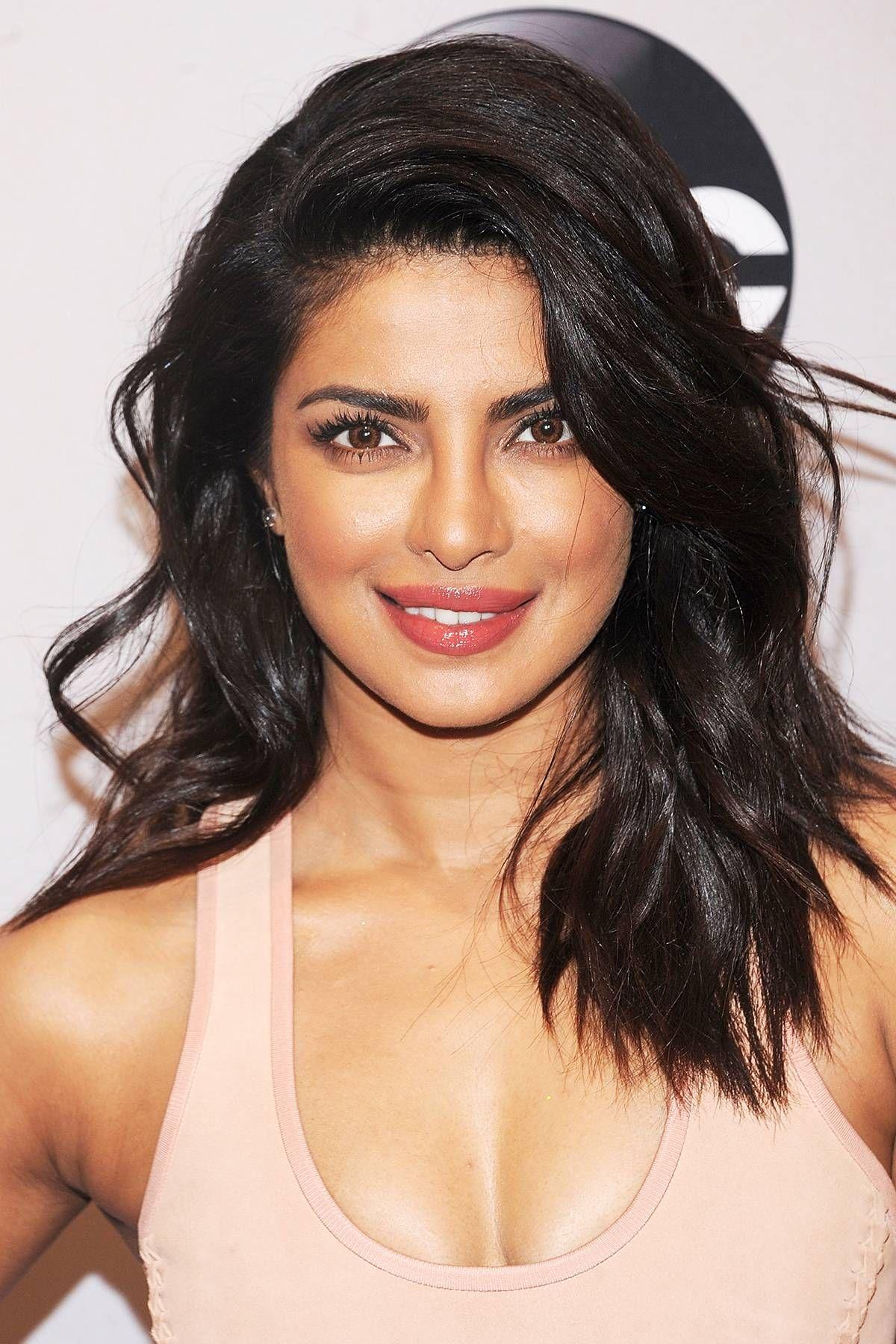 shoulder length priyanka chopra short hair