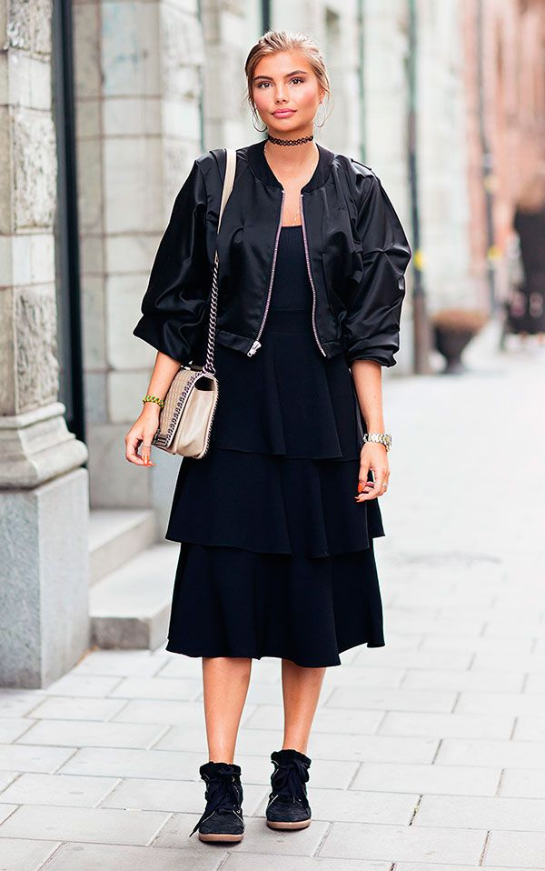 Como usar tênis com vestido compridos   Fashion   Street
