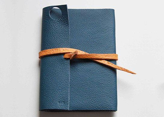 notizbuch mit ledereinband diy love sewing pinterest leder einband und notizbuch. Black Bedroom Furniture Sets. Home Design Ideas