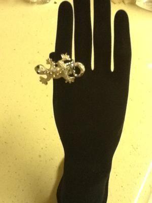 $6.50 Lizard Strech  Ring