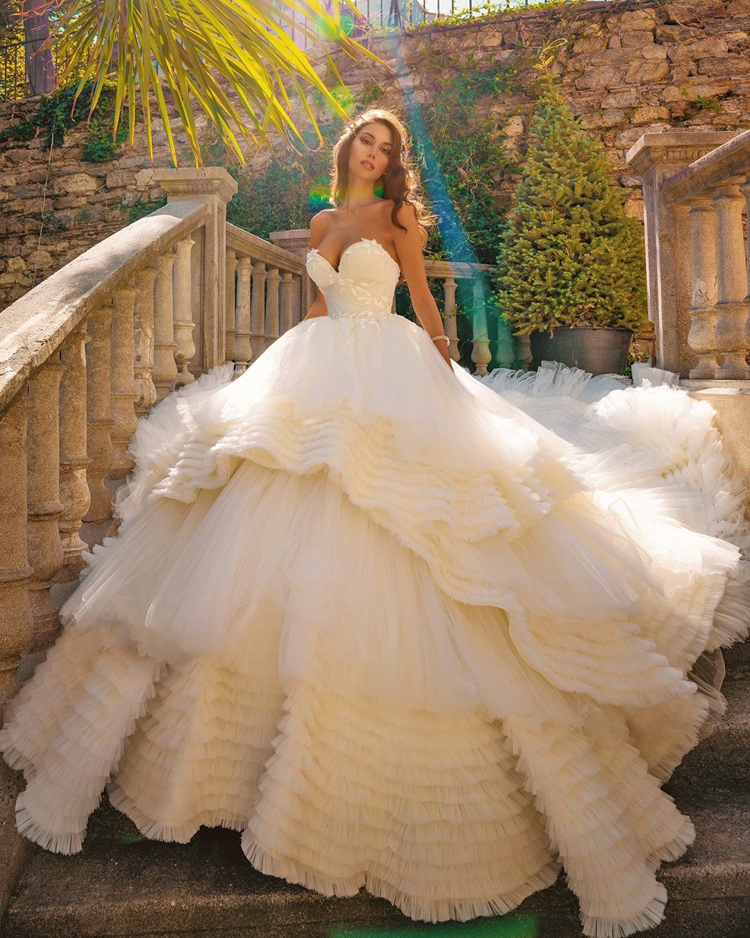 BALL GOWN WEDDING DRESSES FIT FOR A QUEEN