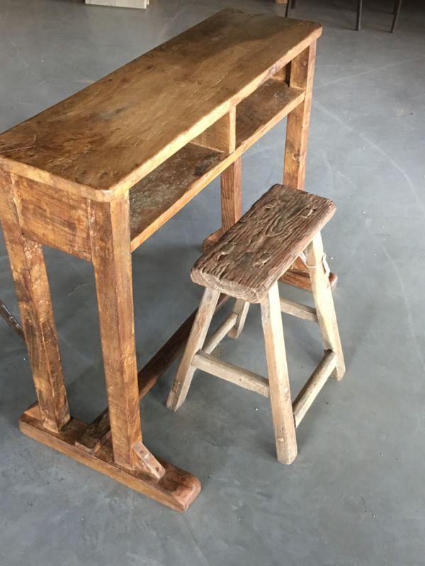Zeer Stoer oud houten schoolbankje buro bureau lessenaar Sidetable @FY07