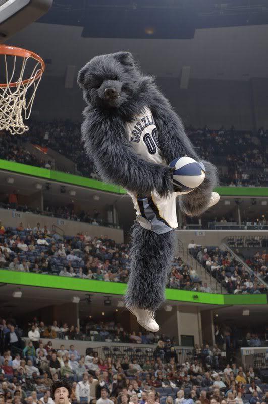 454d68ff0 Memphis Grizzlies Mascot | Photos by Joe Murphy, NBAE Photos | Grit ...