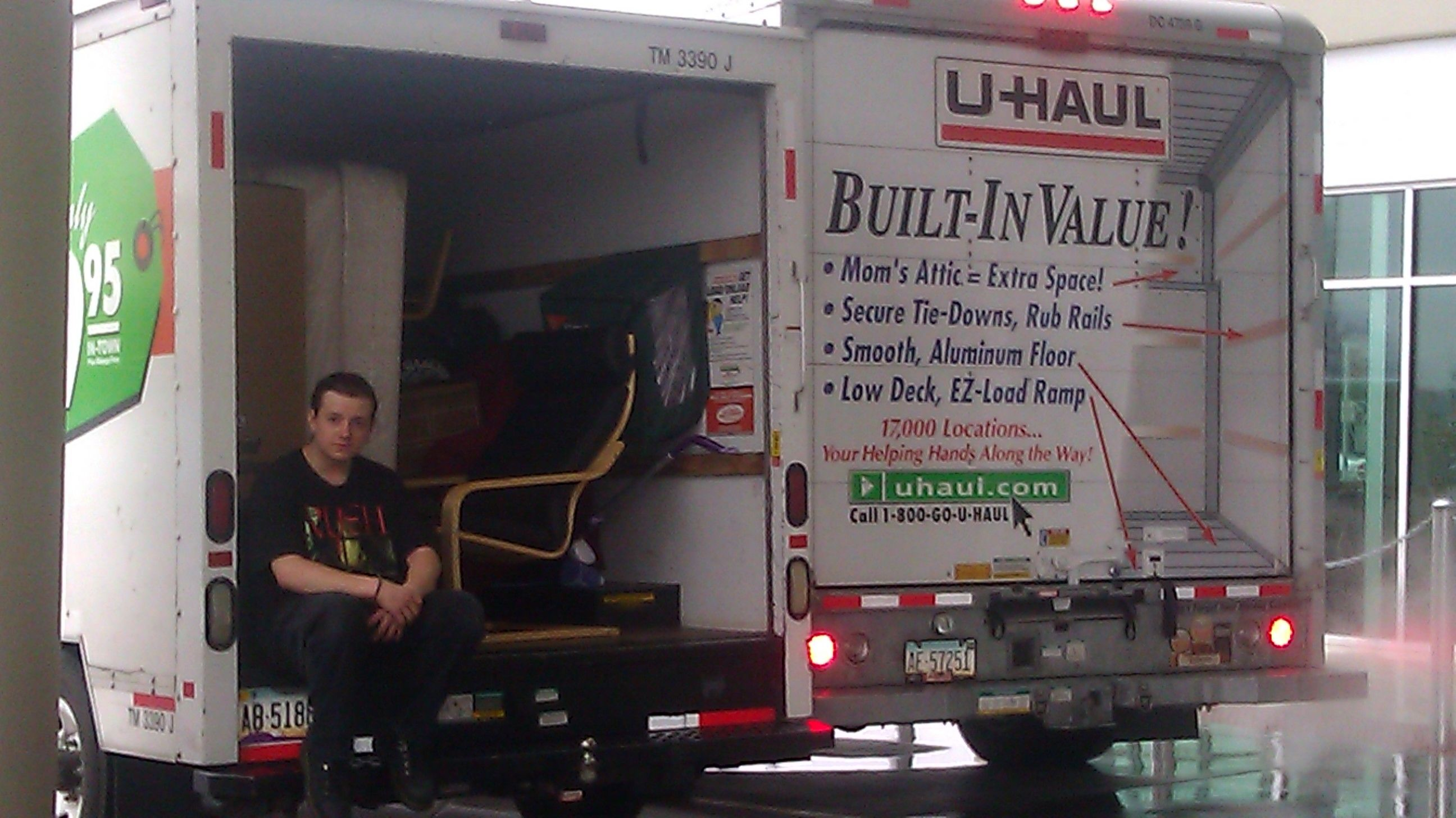 Small Time Moving Is Great With Packing And Organizational Skills We Have Had Years Of Moving Experience And Caring For Our Customer S Belongings Our Low Deck