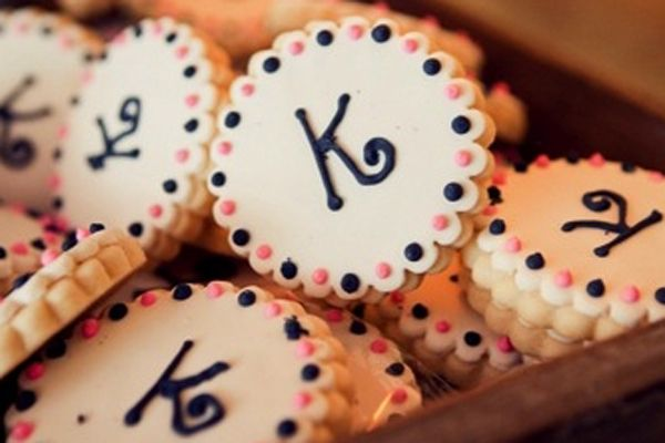 Cookie Tables and Other Fun Wedding Traditions | Event ideas ...
