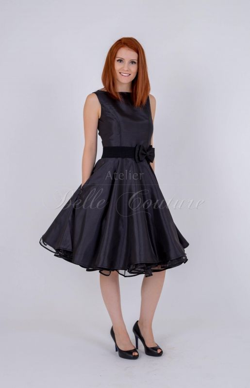 7378f23015e810 Atelier Belle Couture | Klassisches Kleid im 50er Jahre Stil Petticoats,  Rockabilly, Latex,