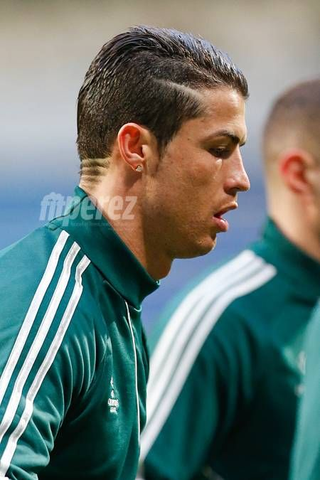 Cristiano Ronaldo Debuts New Hair Style Cristiano Pinterest - Cr7 new hairstyle 2014