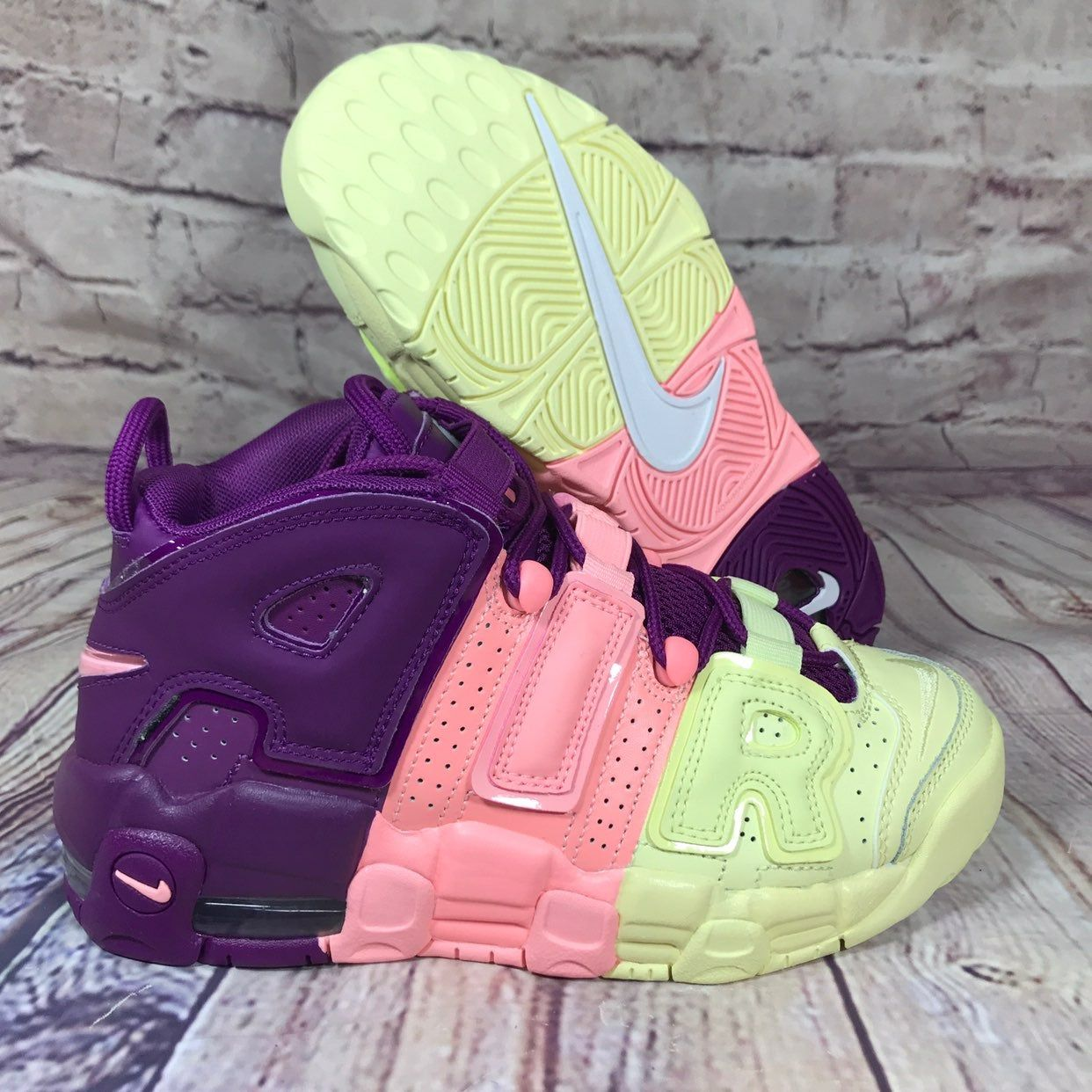 NIKE Air More Uptempo GS Lucky Charms
