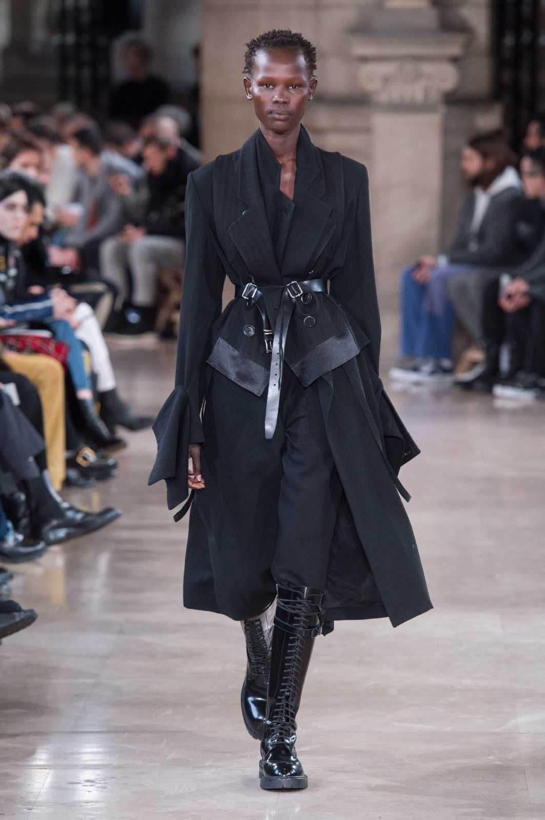 foto de Male Fashion Trends: Ann Demeulemeester Fall Winter 2018