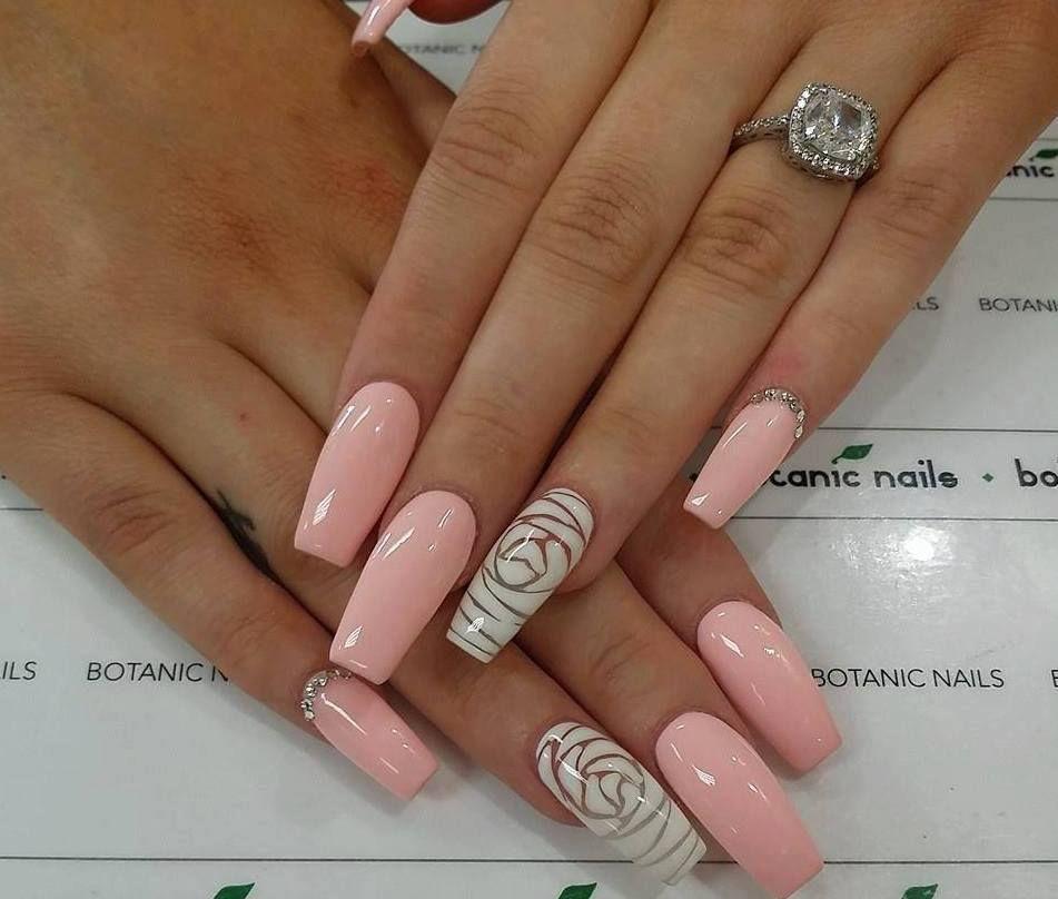Lo natural siempre sera tendencia.. Las uñas color rosa es uno de ...