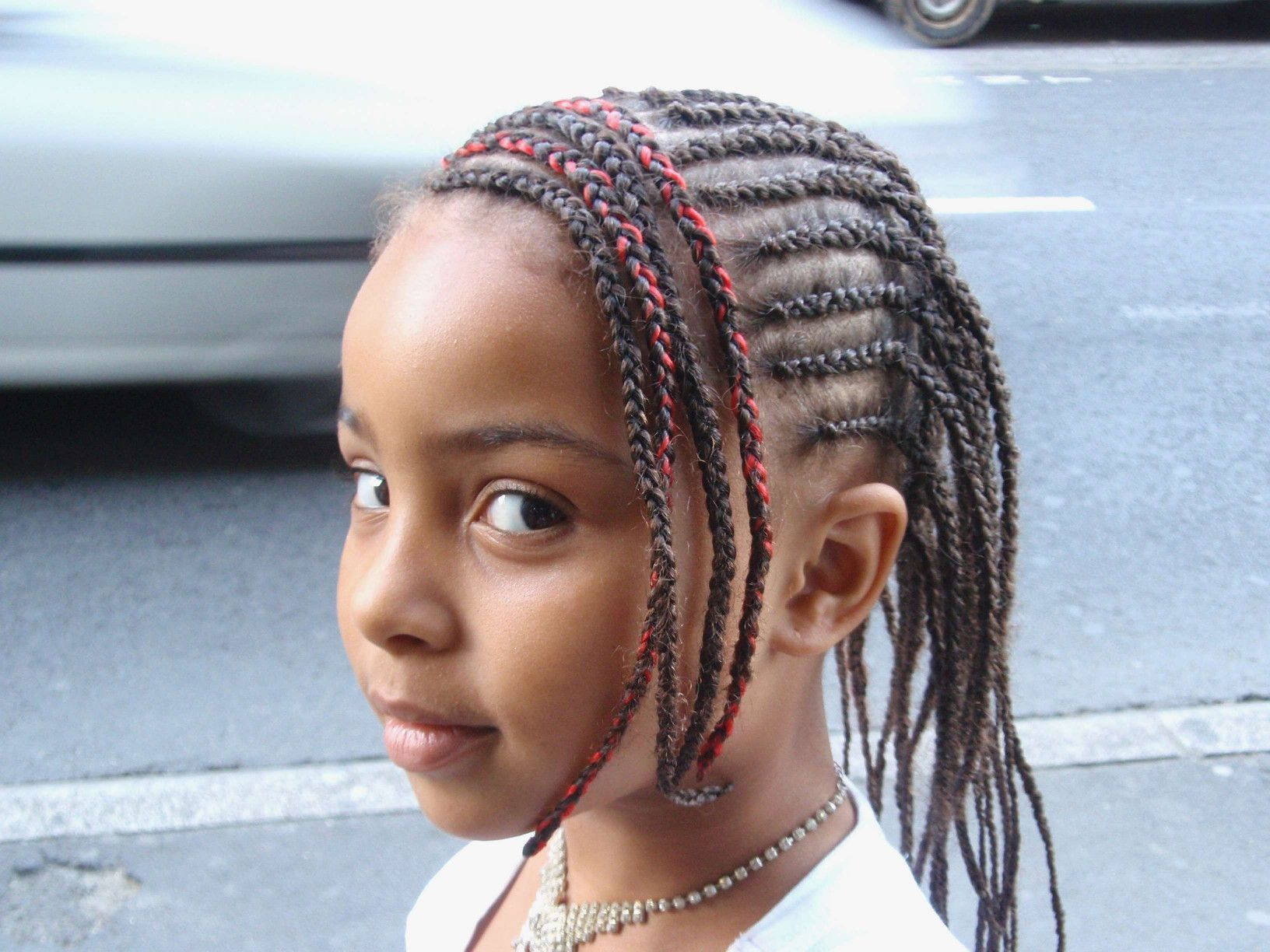 coupe de cheveux enfant fille fantaisie awesome coiffure africaine   Kids hairstyles, African ...