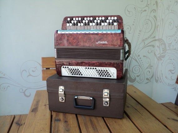 Bayan LIRA Ukrainian accordion Classical Bayan USSR musical instrument. 1980s #musicalinstruments