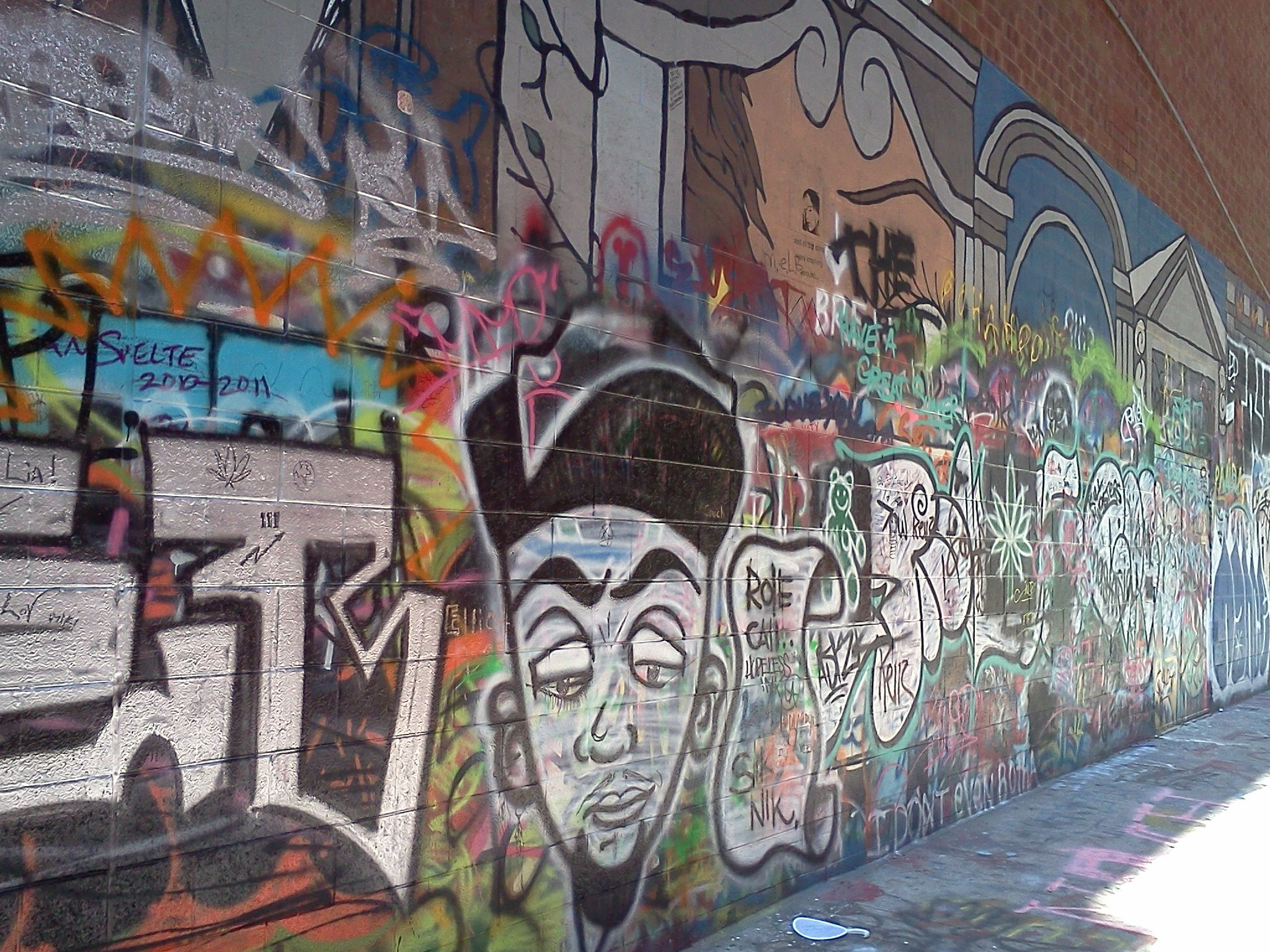 Graffiti Alley In Ann Arbor Mi I Hate How They Made This Illegal
