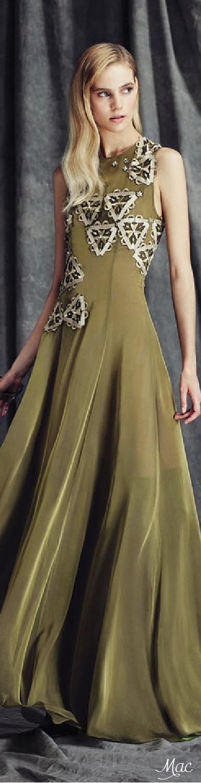 Fall 2015 Couture Sarli Couture
