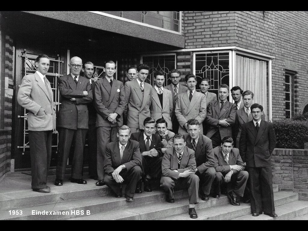 Afgestudeerden Odulphus HBS-B 1953