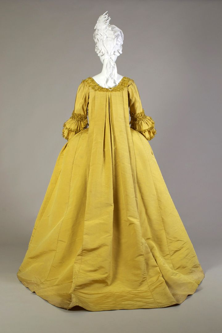 Yellow silk faille robe à la française, probably French or English, 1760s-70s, KSUM 1983.1.8 ab.