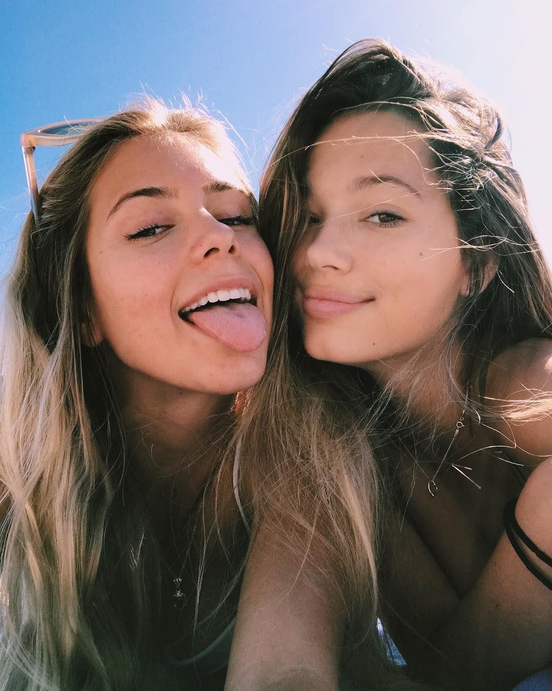 Amateur Homemade Best Friend Ex Girlfriend kissing
