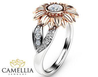 Tres de piedra de anillo de compromiso de diamantes naturales