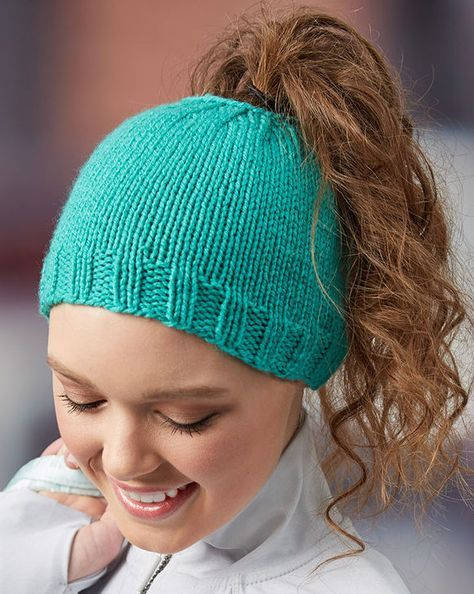 Free Knitting Pattern for Easy Messy Bun Hat - Laura Bain s easy ponytail  hat is knit in the round. b8a8d8ea79d