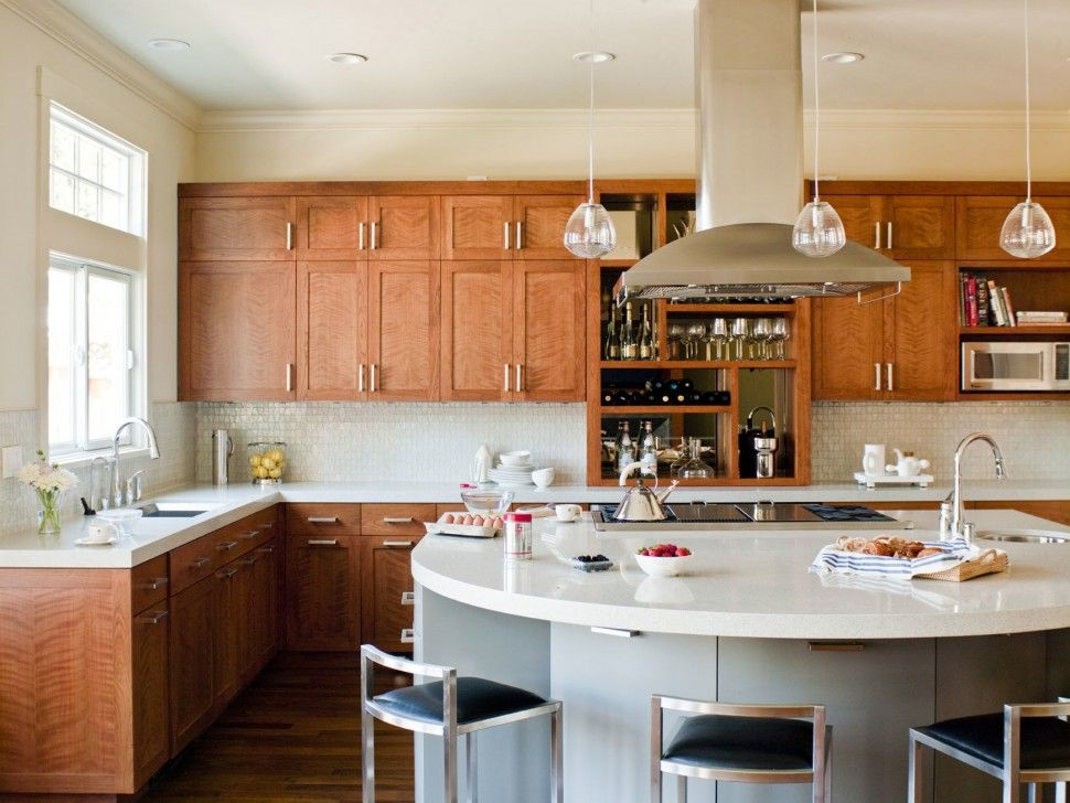 Kitchen Curved Kitchen Island With White Quartz Countertop And Sink L Shaped Wood Kitchen Cabinet Curved Kitchen Island Curved Kitchen Natural Kitchen Cabinets