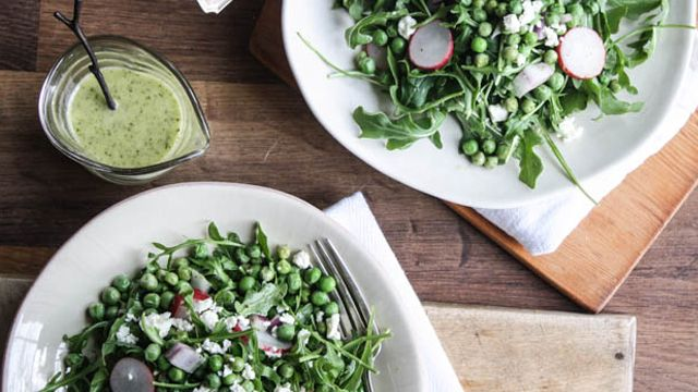 Photo of Spring Peas and Radishes + Mint Vinaigrette – barre3