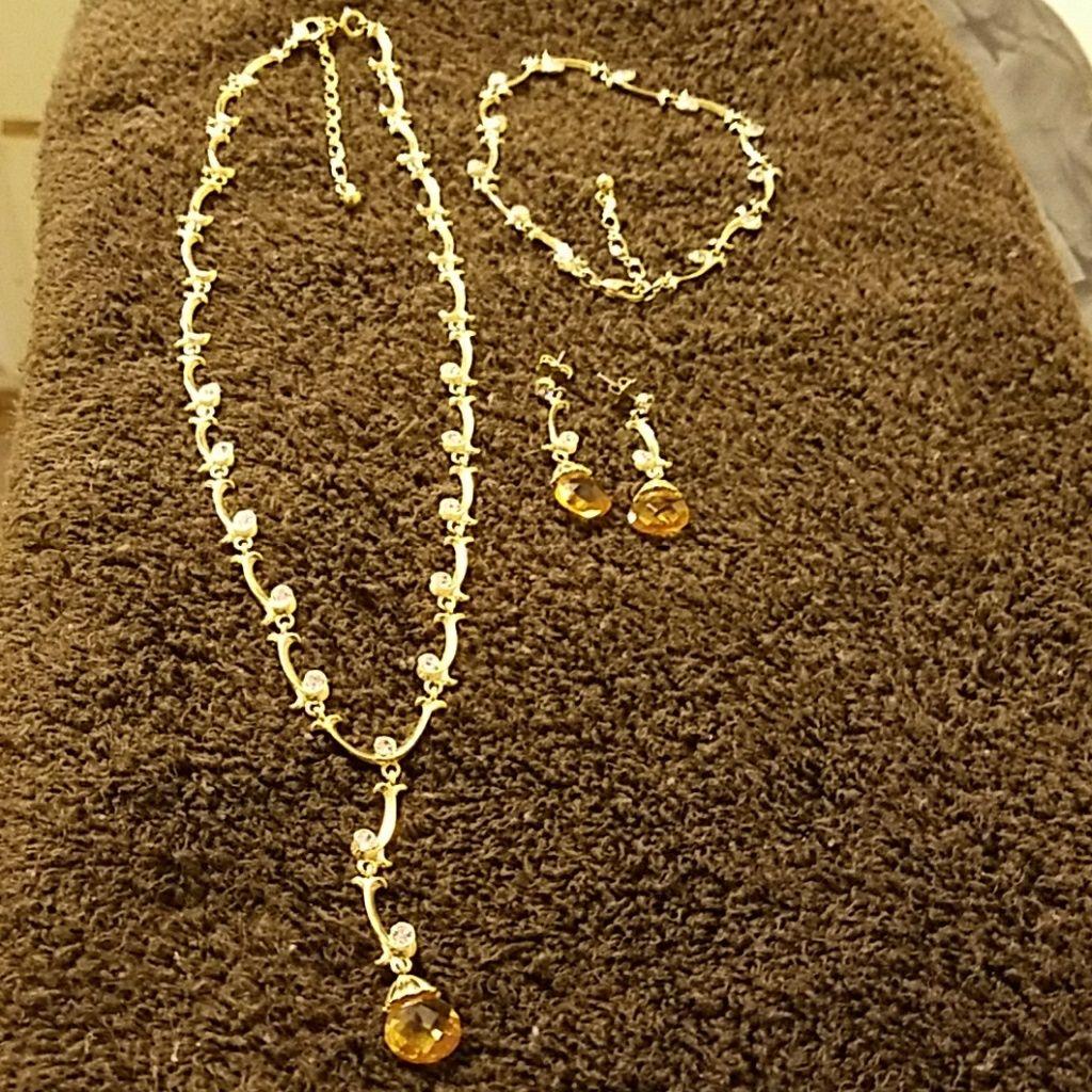 Ynecklace bracelet earrings set products