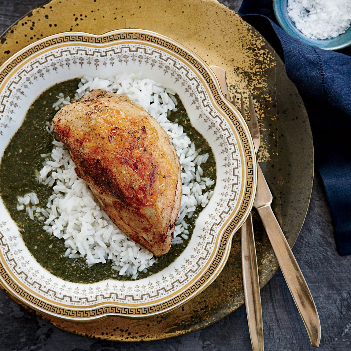 Molokhia with spiced chicken recipe egyptian recipes egyptian in this egyptian recipe chicken is poached to make a broth for cooking a dark forumfinder Images