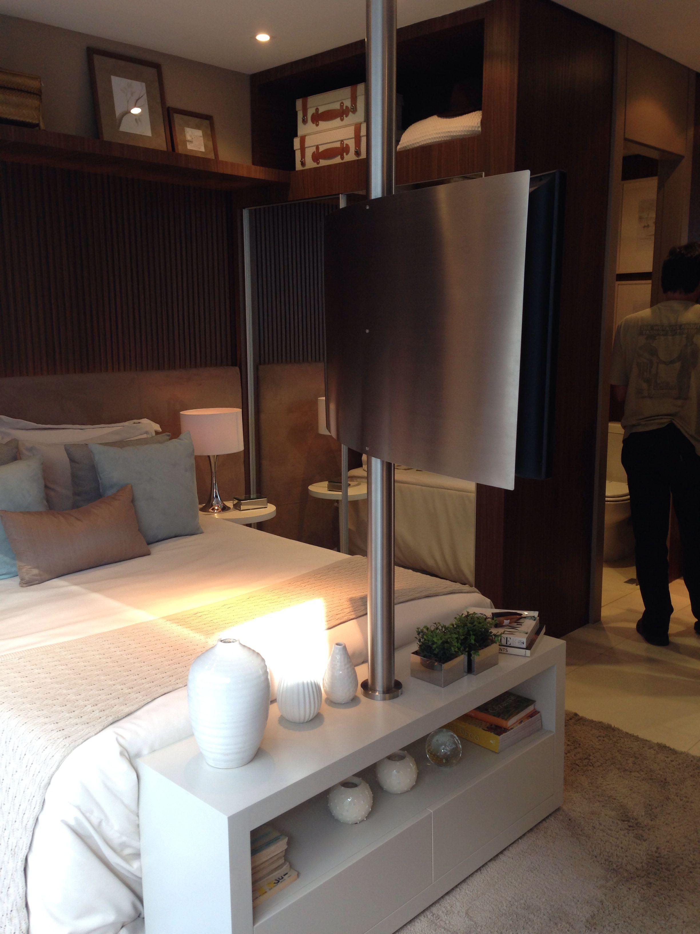 Interior design-ideen wohnzimmer mit tv posterior tv giratória  fernseher decke schlafzimmer  pinterest