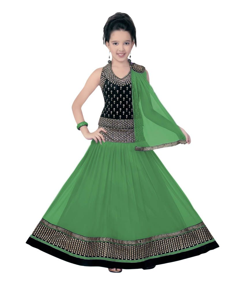 b80489c4c7 Saarah Green LEhenga Choli Sets For Girls Lehengas   Sarees- Lowest Prices  available on Saarah Green Lehenga Choli Sets For Girls   Snapdeal.com