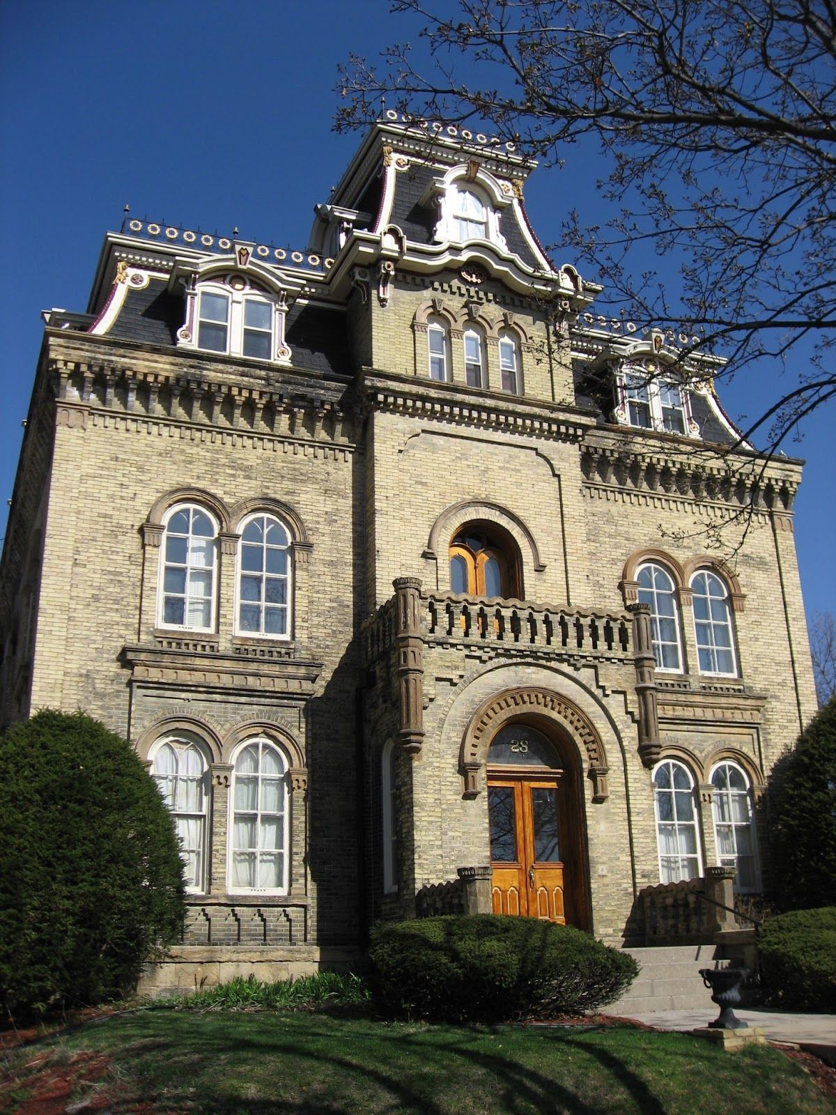 a blog devoted to american italianate architecture of the